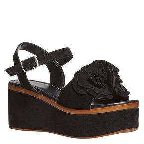 Sandali da donna in pelle con flatform bata, nero, 763-6686 - 13