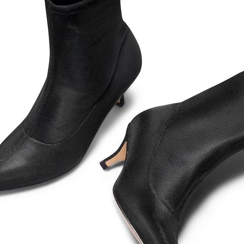 Stivaletti calzino con tacco bata, nero, 799-6267 - 26