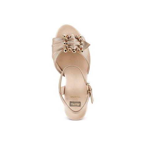 Sandali con applicazione bata, beige, 769-8237 - 17